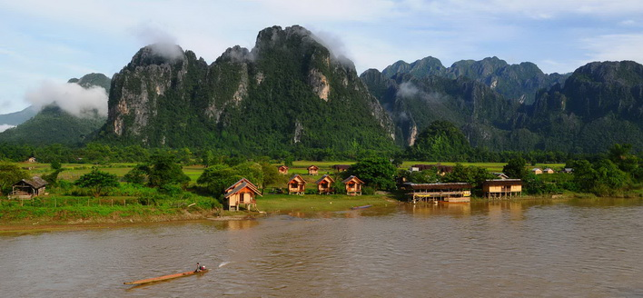 ทัวร์ลาว เวียงจันทน์ วังเวียง หลวงพระบาง ร่วมตักบาตรข้าวเหนียว 3วัน 2คืนบิน Air Asia