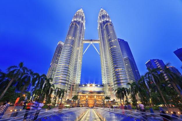 ทัวร์มาเลเซีย เที่ยวสวนพระวิษณุกัวลาลัมเปอร์ เก็นติ้ง ตึกแฝด Petronas 3วัน2คืน บิน Thai Airways