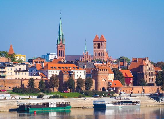 ทัวร์โปแลนด์ พระราชวังหลวง โทรุน ค่ายเอาสช์วิตช์ ปราสาทลับบลิน 9วัน6คืน บิน Emirates Airlines
